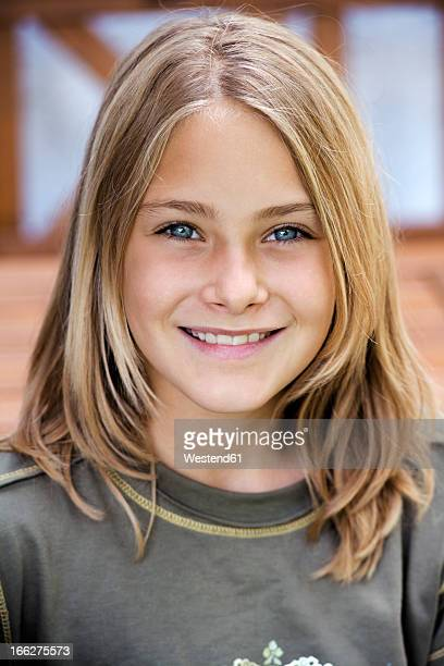 Portrait of a girl (10-11), smiling