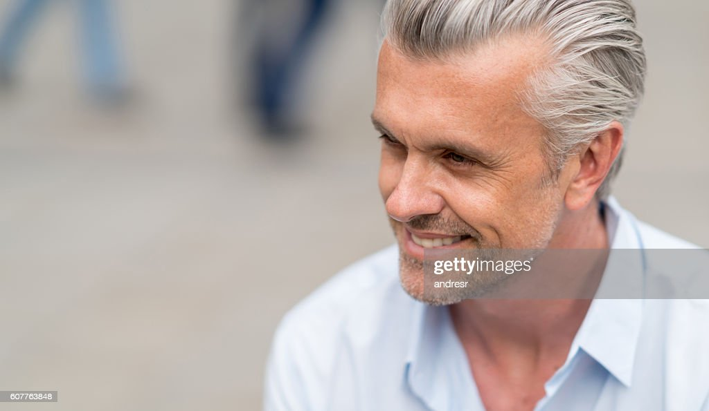 Portrait of a handsome business man : Stock Photo
