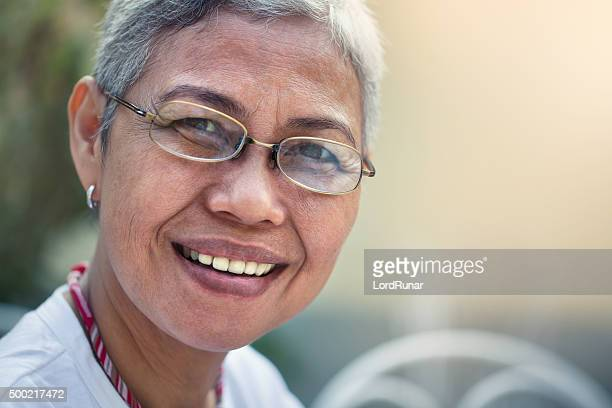 portrait of a happy woman - filipino ethnicity and female not male stock pictures, royalty-free photos & images