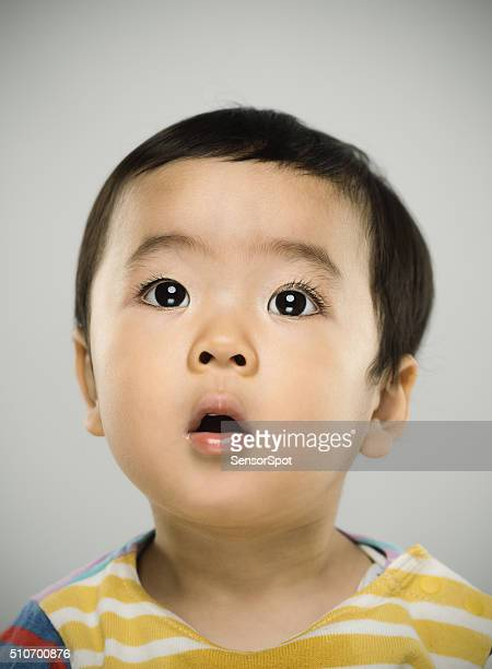 ポートレート、日本の赤ちゃんカメラ目線