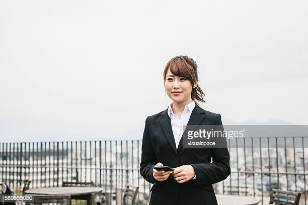 portrait of a japanese businesswoman - vestuário de trabalho formal - fotografias e filmes do acervo