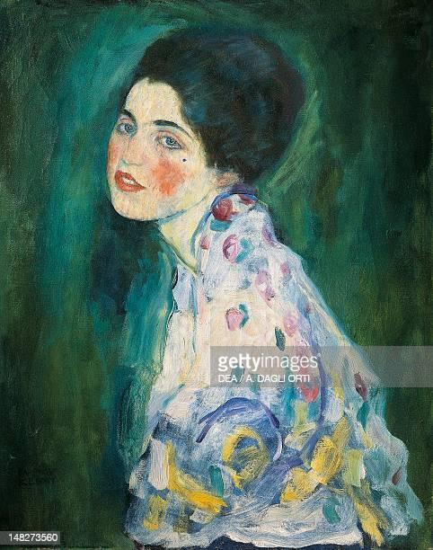 Portrait of a lady by Gustav Klimt 60x55 cm Piacenza Galleria D'Arte Moderna Ricci Oddi