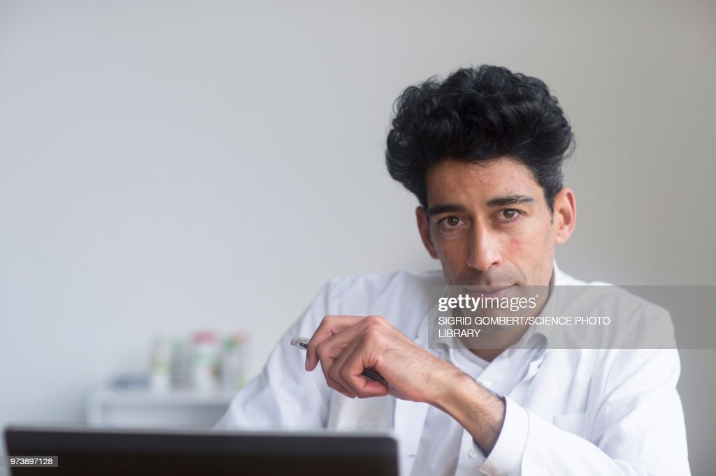 Portrait of a male doctor : Stock-Foto