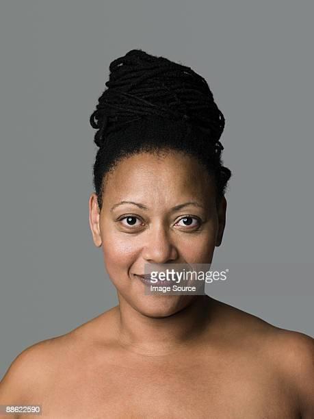 portrait of a mature woman - medelålders kvinnor naken bildbanksfoton och bilder