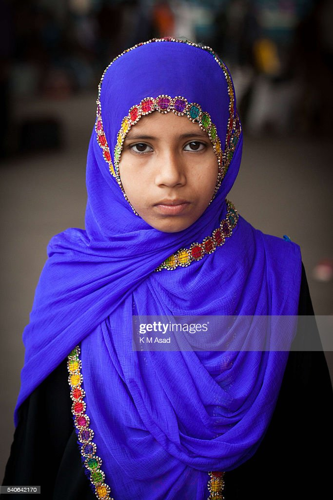 Portrait Of A Muslim Girl When She Is Waiting To Travel To Her News Photo - Getty -6683