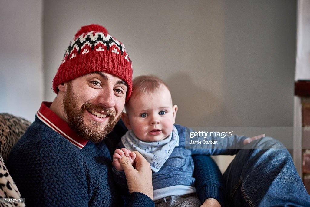 Portrait of a parent and child bonding : Stock Photo