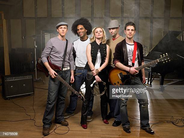 portrait of a rock band - performance group stock pictures, royalty-free photos & images