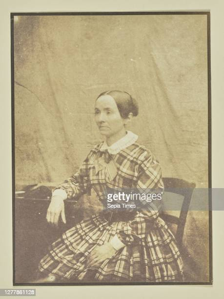 Portrait of a Seated Woman; Hippolyte Bayard ; about 1840 - 1849; Salted paper print; 15.9 x 11.6 cm .
