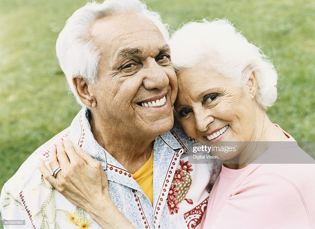 Portrait of a Senior Couple Smiling : Stock Photo