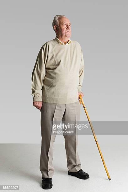 portrait of a senior man - hommes seniors photos et images de collection