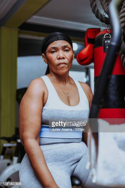 portrait of a senior woman in a gym,tema,ghana - boxing stock pictures, royalty-free photos & images