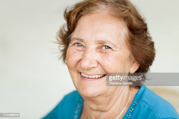 portrait of a senior woman - one senior woman only stock pictures, royalty-free photos & images
