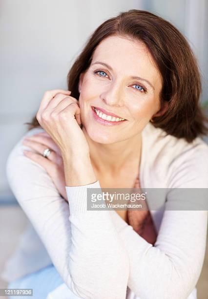 Porträt eines lächelnden Reifen lady