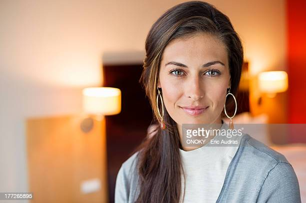 portrait of a woman in a hotel room - 35 39 years stock pictures, royalty-free photos & images