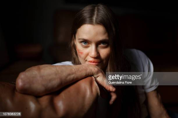 portrait of a woman - showus stock pictures, royalty-free photos & images