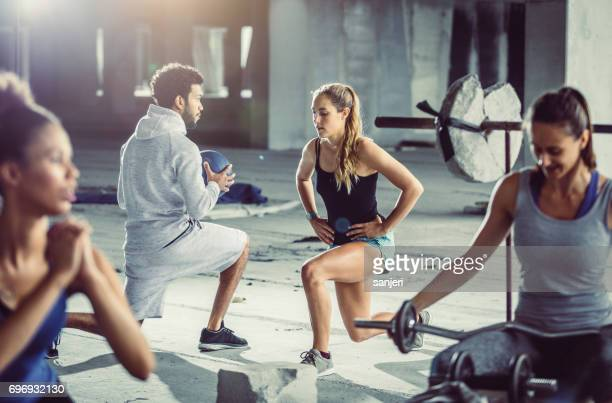 portrait of a woman practicing gym - black female bodybuilder stock photos and pictures