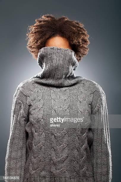 portrait of a woman with sweater - wollig stockfoto's en -beelden