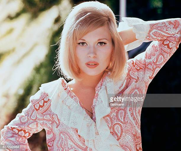Portrait of a young Fay Dunaway American actress whose first role came in the 1967 when she played opposite Warren Beatty in the title roles of...
