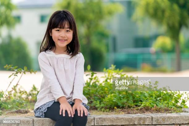 若い女性のポートレート - girls ストックフォトと画像