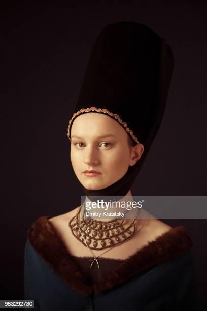 portrait of a young girl - pintura a óleo imagem pintada - fotografias e filmes do acervo