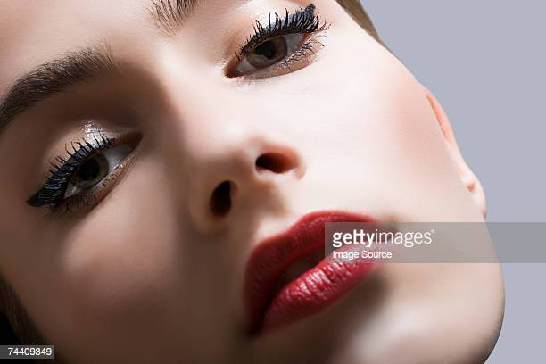 portrait of a young woman - eye liner stock pictures, royalty-free photos & images