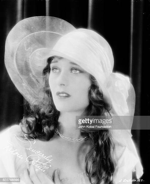 Portrait of actress Dolores Costello Barrymore wearing a wide brimmed hat for Warner Brothers Studios 1924
