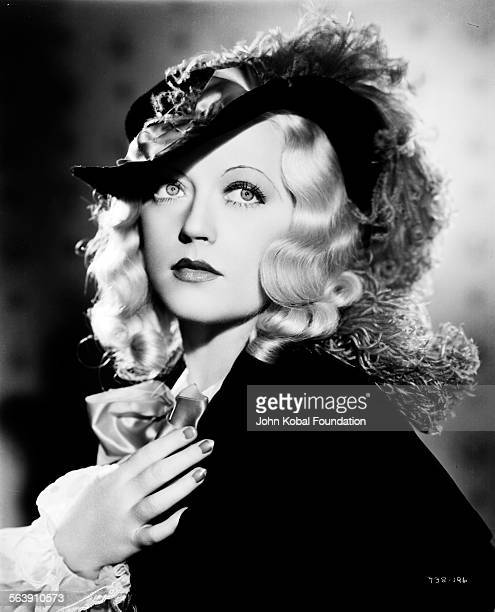 Portrait of actress Marion Davies in costume as she appears in the film 'Operator 13' for MGM Studios April 10th 1934