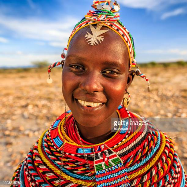 portrait of african woman from samburu tribe, kenya, africa - east african tribe stock pictures, royalty-free photos & images
