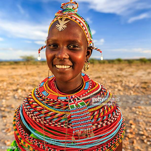 portrait of african woman from samburu tribe, kenya, africa - kenia fotografías e imágenes de stock