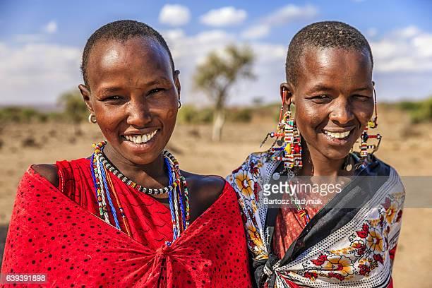 portrait of african women from maasai tribe, kenya, africa - masai photos et images de collection