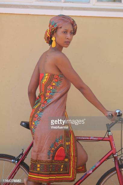 portrait of african women - webfluential stock pictures, royalty-free photos & images