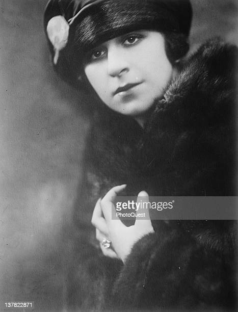 Portrait of American actress and entertainer Fanny Brice early 1910s