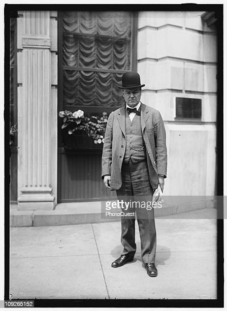 Portrait of American attorney and member of the American Civil Liberties Union Clarence Darrow in Washington DC 1915 He later defended teenage thrill...