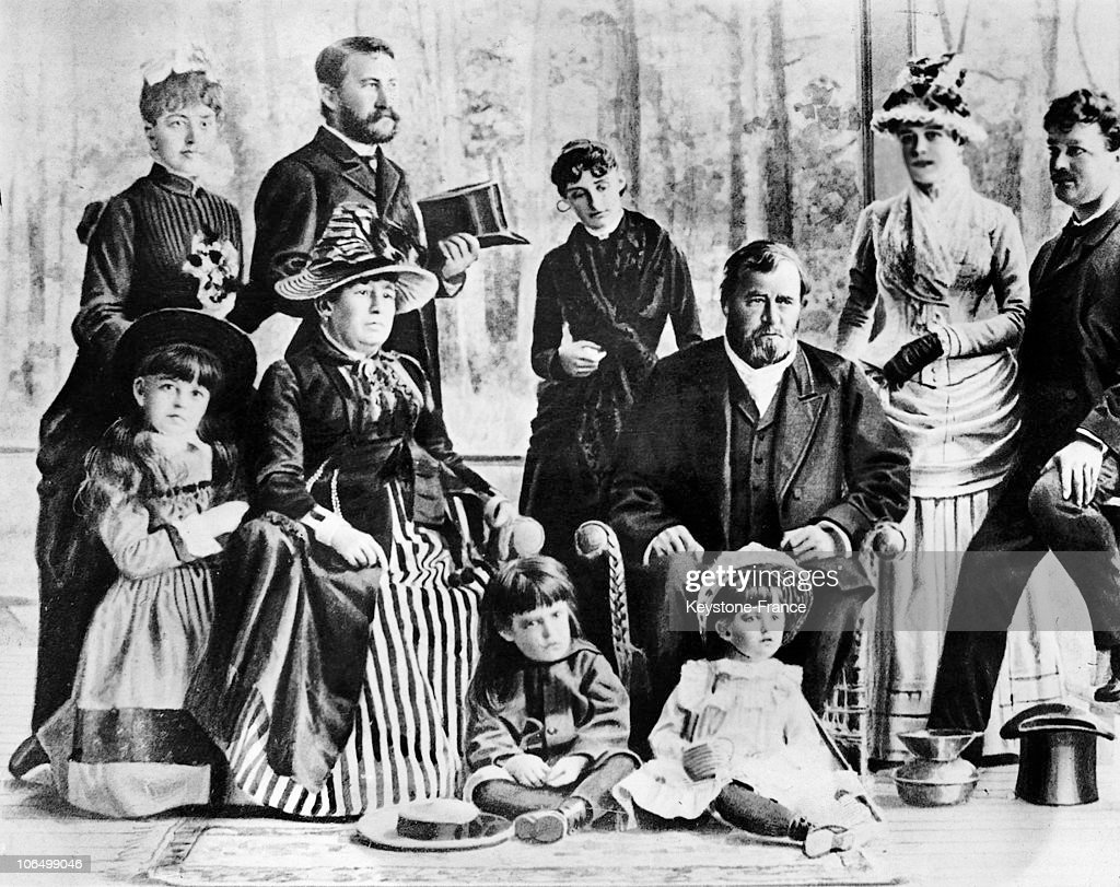 General Grant With His Family Around 1880 : News Photo