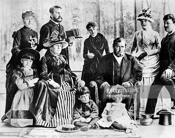 Portrait Of American General Ulysses Simpson Grant With His Family In New York Around 1880 Photograph Drawn As The Former President Had Retired From...