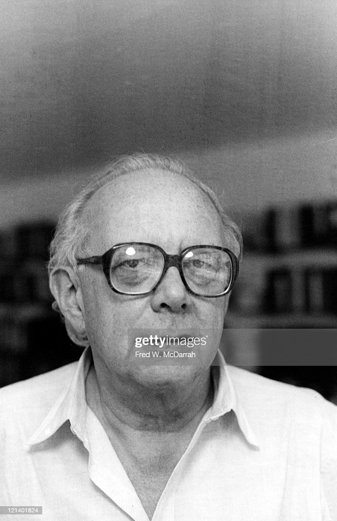 Portrait of American literary critic Irving Howe (1920 - 1993), New York, New York, November 10, 1982.