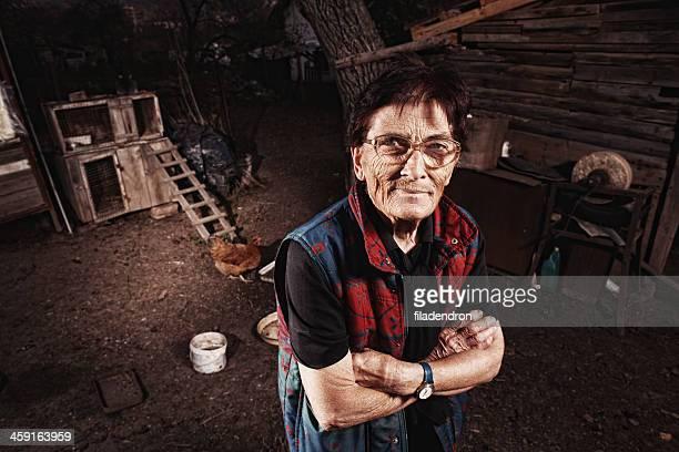 Porträt von einer alten Ethno-Frau