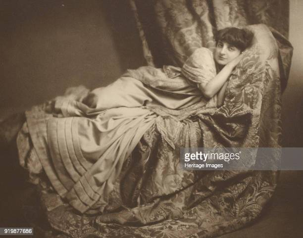 Portrait of AnnaElisabeth Comtesse Mathieu de Noailles 1910s Private CollectionFine Art Images/Heritage Images/Getty Images