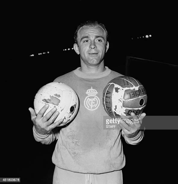 Portrait of Argentinian-born Spanish forward Alfredo Di Stefano taken 12 June 1956 in Paris. Born in Buenos Aires, Di Stefano became one of the...