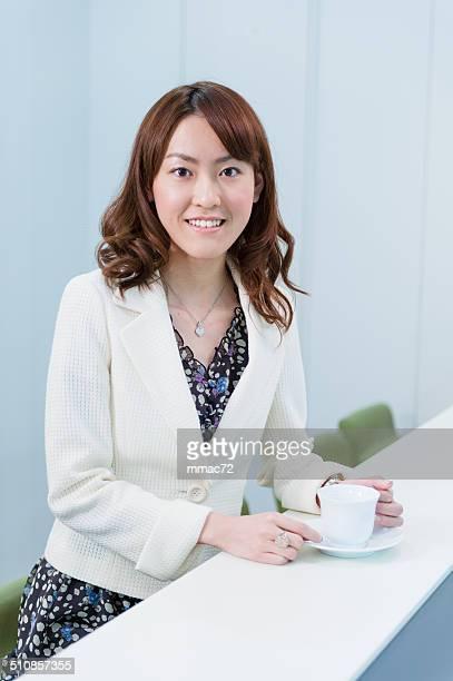 アジアの女性のポートレート、オフィス