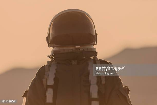 portrait of astronaut on mars - space helmet stock pictures, royalty-free photos & images