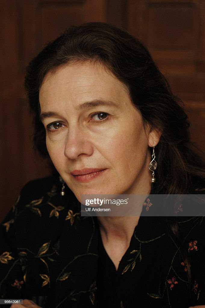 Louise Erdrich Portrait Session : News Photo