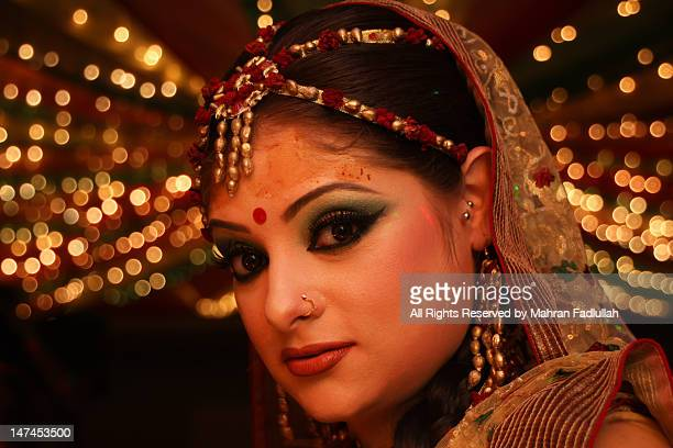 portrait of  bangladeshi women - bangladeshi bride stock photos and pictures