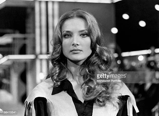 Portrait of Barbara Bouchet taken on the TV studio of the Canzonissima musical broadcast the charming German actress born Barbara Gutscher watches...