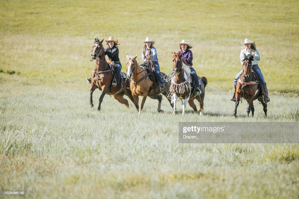 Portrait Of Beautiful Cowgirls Riding Horses In Western Usa High Res Stock Photo Getty Images