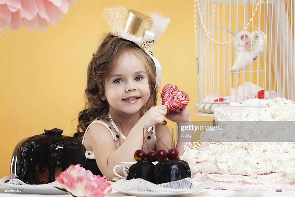 Retrato de hermosa poco dulces : Foto de stock