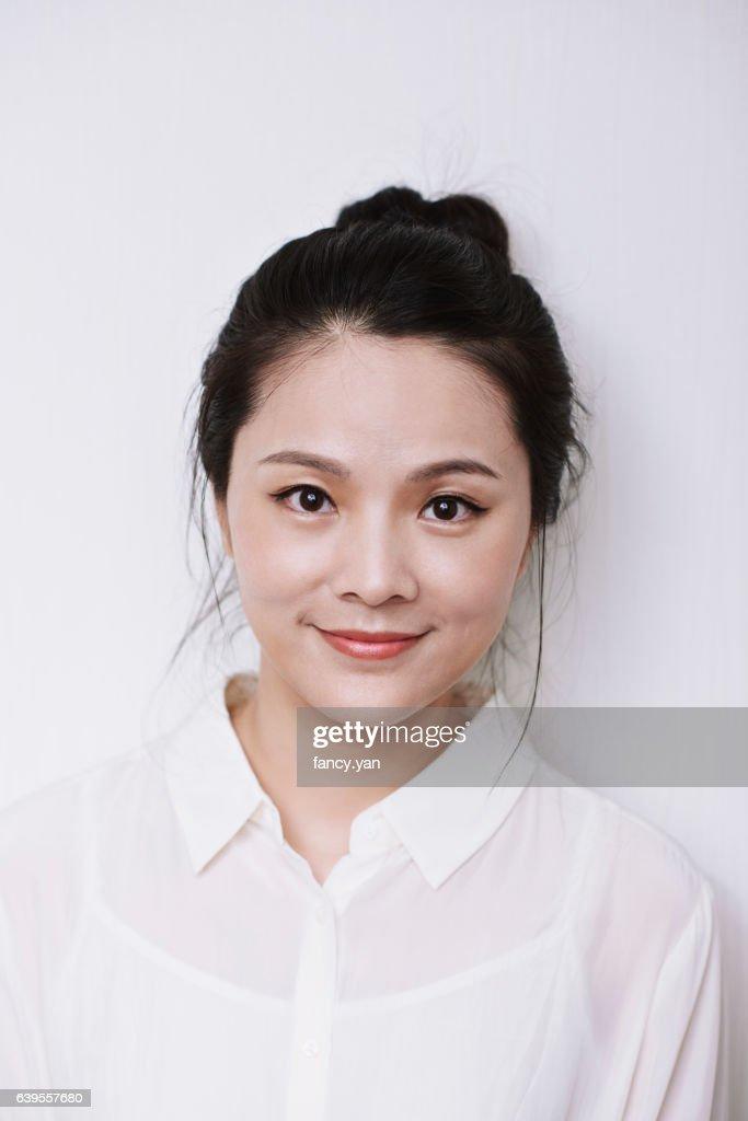 portrait of beautiful woman : 圖庫照片