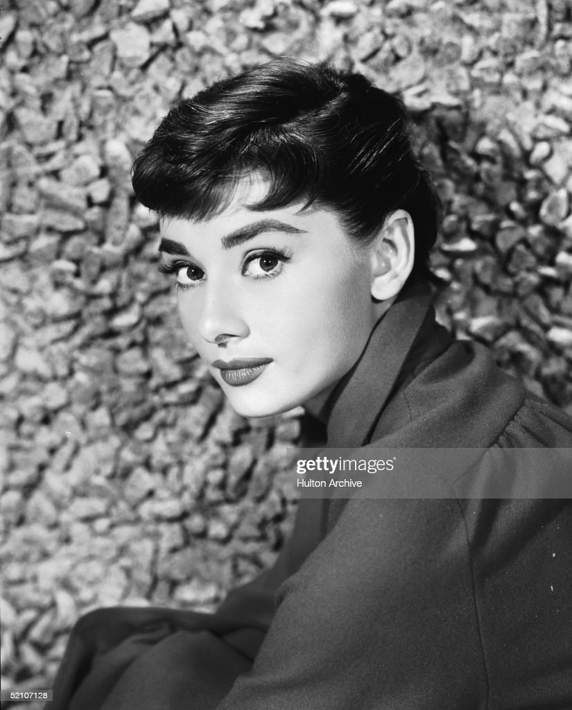 Portrait Of Audrey Hepburn : News Photo