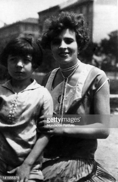 A portrait of Bianca Ceccato with Glauco the son she had with Benito Mussolini Italy 1923