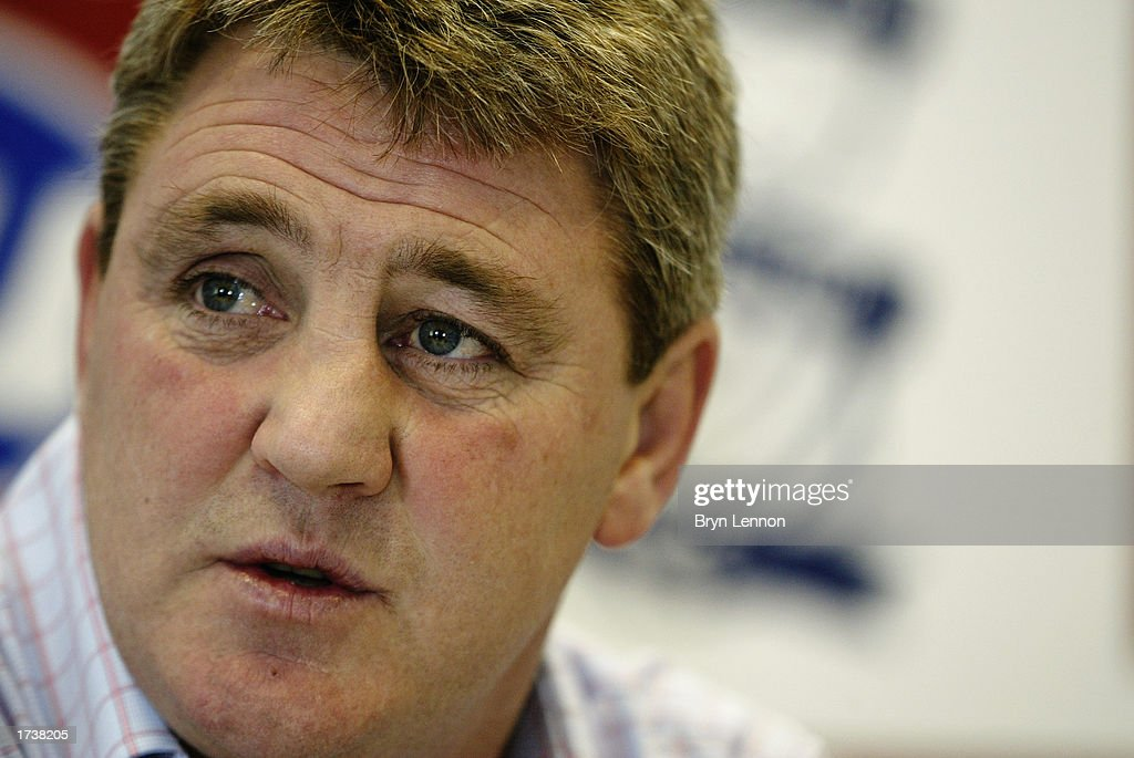 A portrait of Birmingham City Manager Steve Bruce during a Birmingham City press conference before training held on January 9, 2003 at Kings Norton in Birmingham, England.